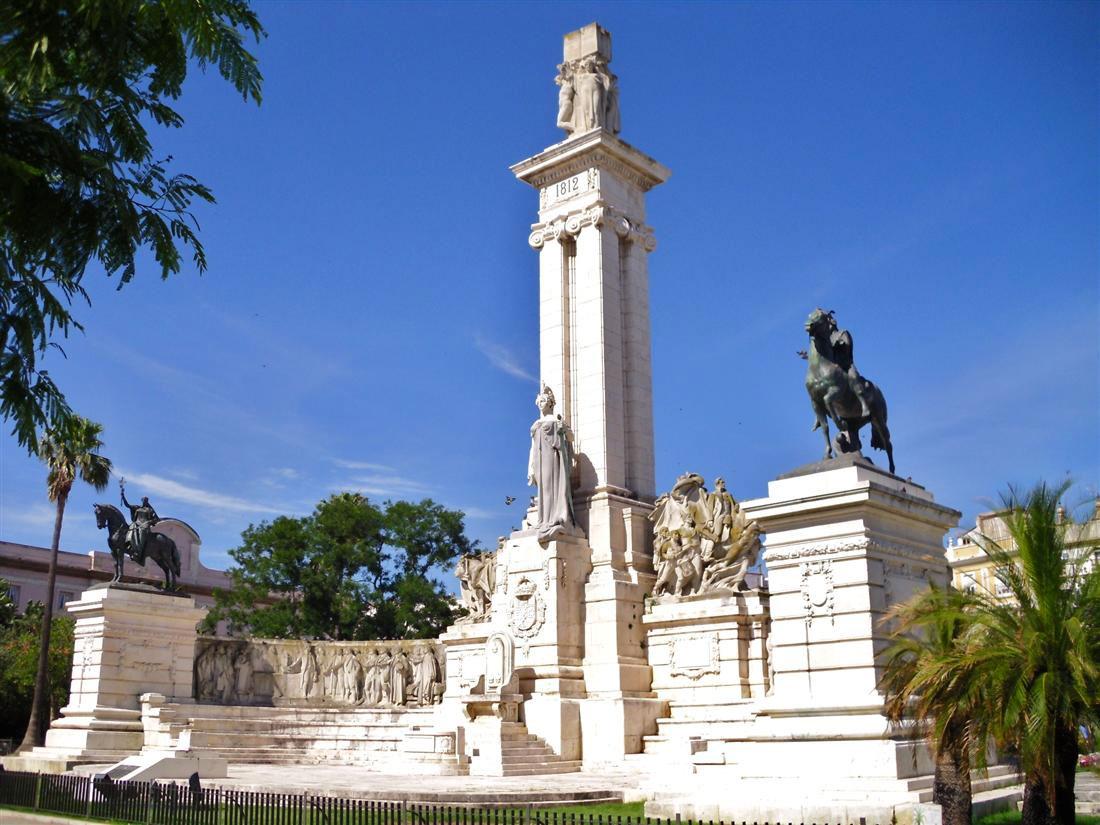 Monumento a las Cortes. Plaza España, Cádiz.