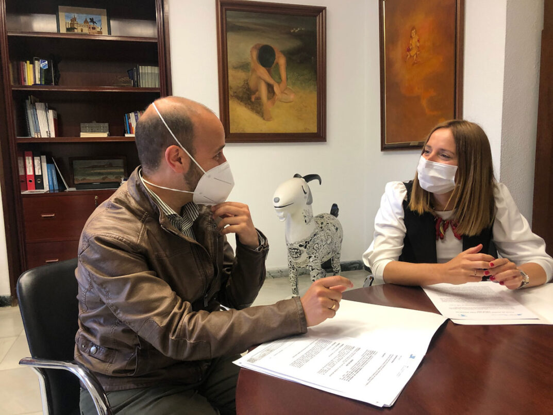 Ana Carrera y el Presidente de la Mancomunidad de Municipios de la Sierra, valoran el avance del proyecto de Economía Circular
